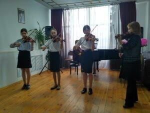 Первый тур IV республиканского конкурса ансамблевого и оркестрового исполнительства учащихся ДШИ КЧР