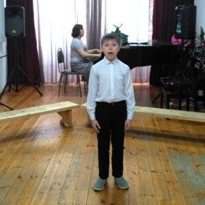 Академический концерт учащихся 2-5 классов отделения эстрадного пения и хорового класса